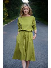 ROSE - dzianinowa sukienka z paskiem - oliwka