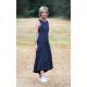 AUDREY - langes Baumwollkleid - Marineblau in Tupfen